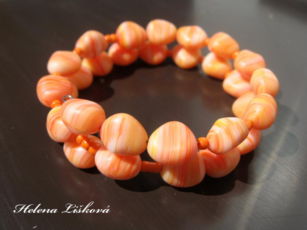 oranžové kamínky