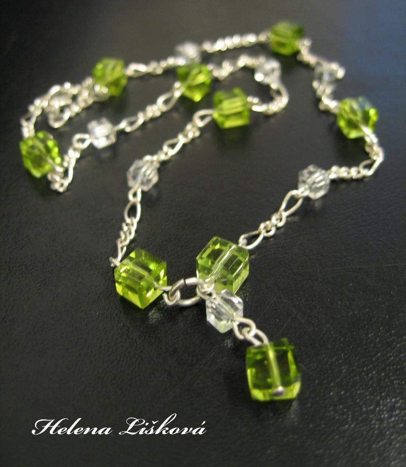 kostičkový náhrdelník